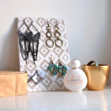 DIY Ohrringaufbewahrung zum Aufhängen oder Hinstellen