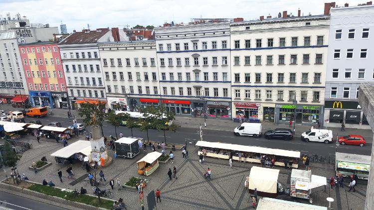 Stoffmarkt am Maybachufer Türken Markt Stoff kaufen Berlin Neukölln 7