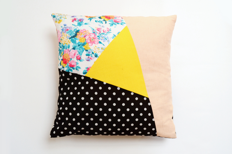 diy mode asymmetrisches patchwork kissen n hen. Black Bedroom Furniture Sets. Home Design Ideas
