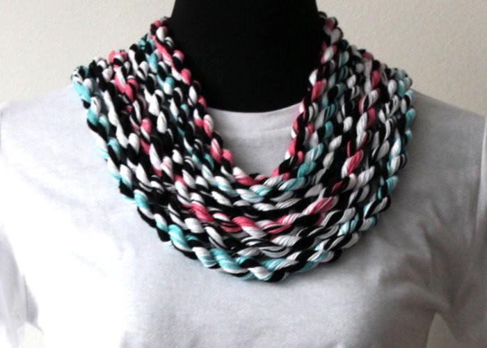 DIY Wollkette Kette aus Wolle Anleitung selber machen einfach leicht