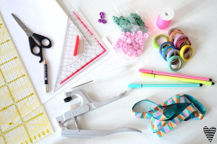 DIY Schrank Organizer Bügel für Gürtel und Tücher selber machen snappap 2