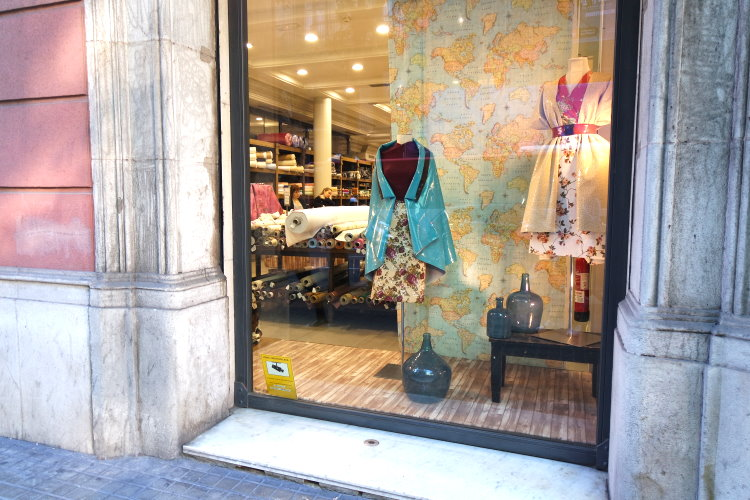Stoffläden Stoffladen Barcelona Stoffe kaufen Stoffmärkte