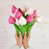 stoffblumen, tulpen, stofftulpen, filz, diymode, diy, nähen, nähanleitung, anleitung, kostenlos, gratis, freebook, schnittmuster, geschenke, geschenkideen, stoffreste