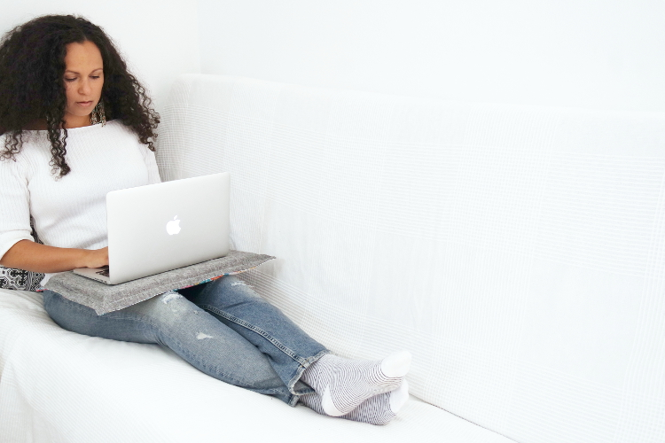 DIY MODE Laptop Kissen Tablett nähen selbst selber machen Idee