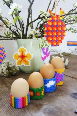 Bügelperlen Anhänger und Eierbecher