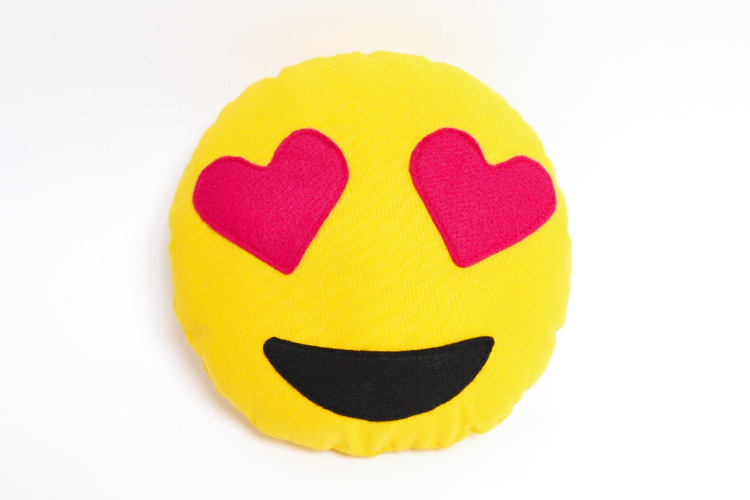 DIY MODE | Emoji-Kissen nähen