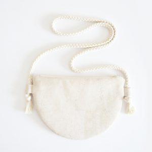 Halbmond Tasche nähen Schnittmuster DIY MODE kleine Handtasche aus Kork selber machen runde Moonbag