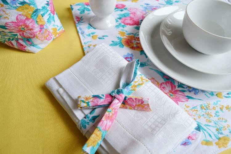 Tischsets nähen einfach schnell Video Anleitung DIY Tischdeko Idee Nähidee für Anfänger Näganfänger kleines Geschenk