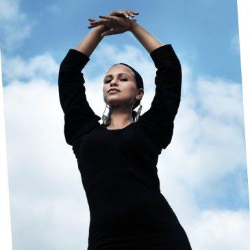 Upcycling Kleid DIY Refashion Idee nähen Nähidee aus alt mach neu Leggins T-Shirt Thrift Flip 3