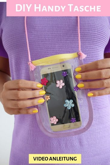 Transparente Handy Tasche druchsichtiger Brustbeutel nähen Anleitung kostenloses Schnittmuster gratis Video Vinyl DIY MODE